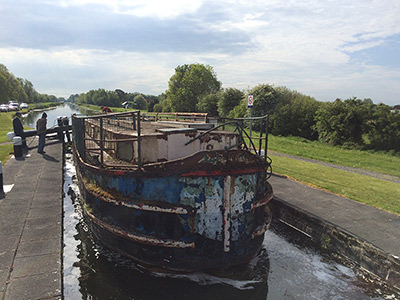 Restoration of Robertstown's Barge The 52M